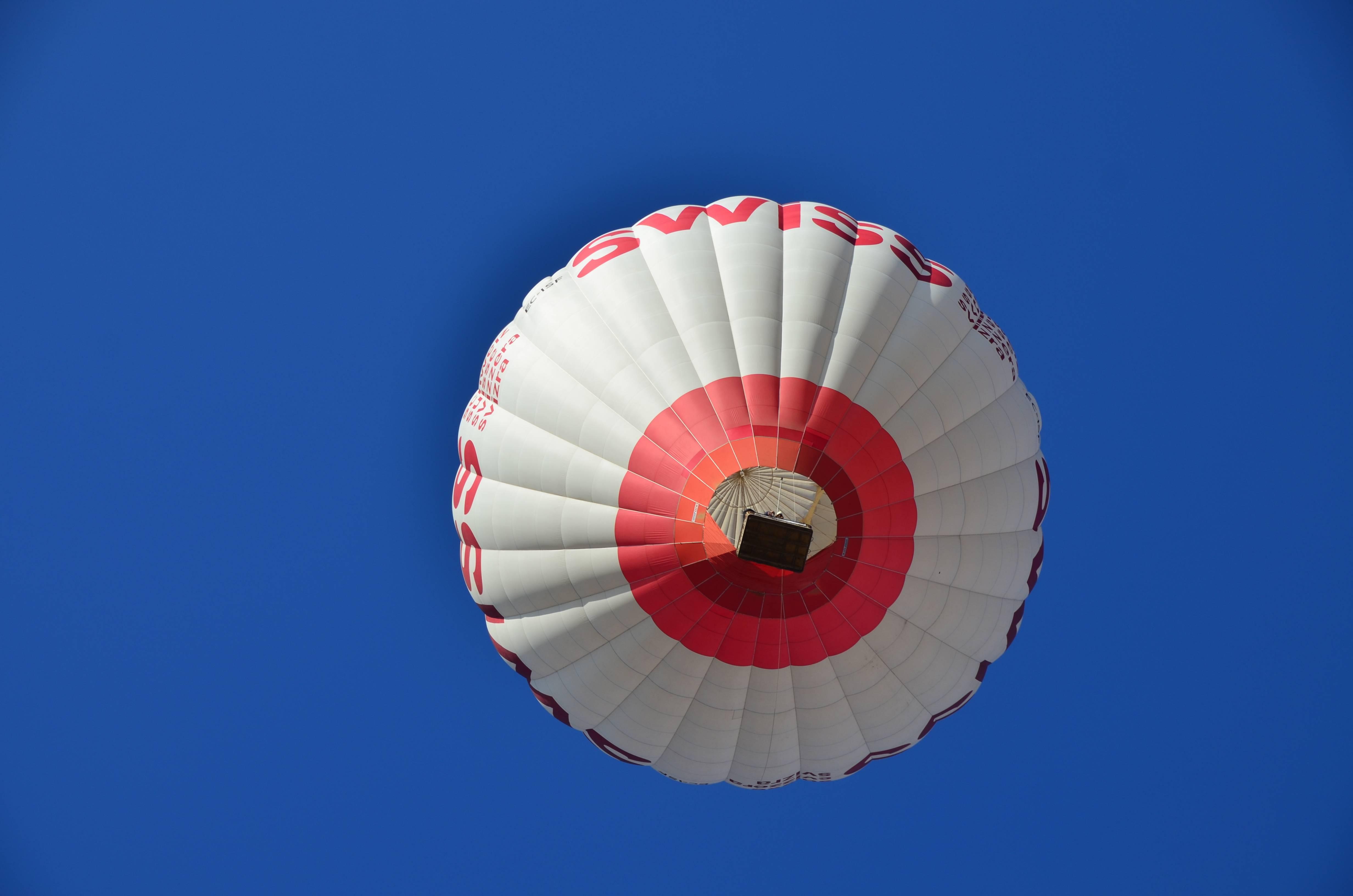 Hay limitaciones para subir en globo