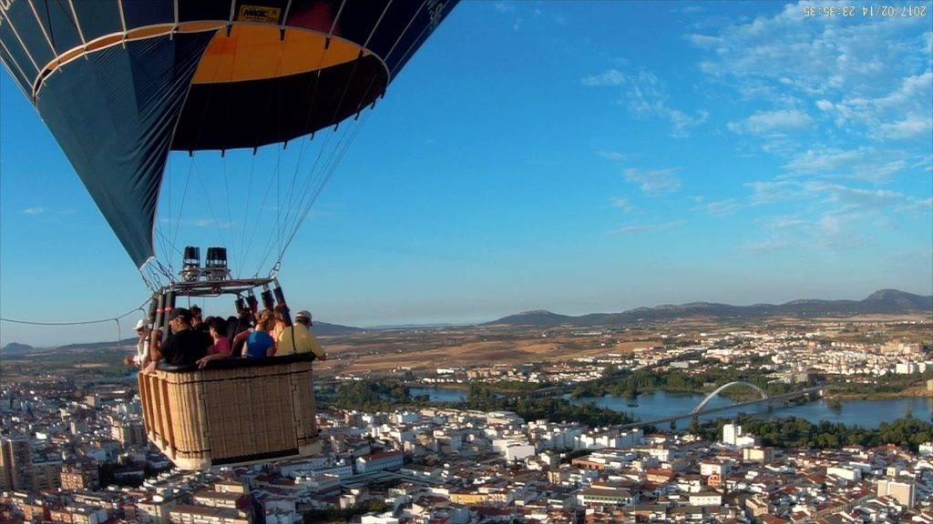 Actividades accesibles como volar en globo