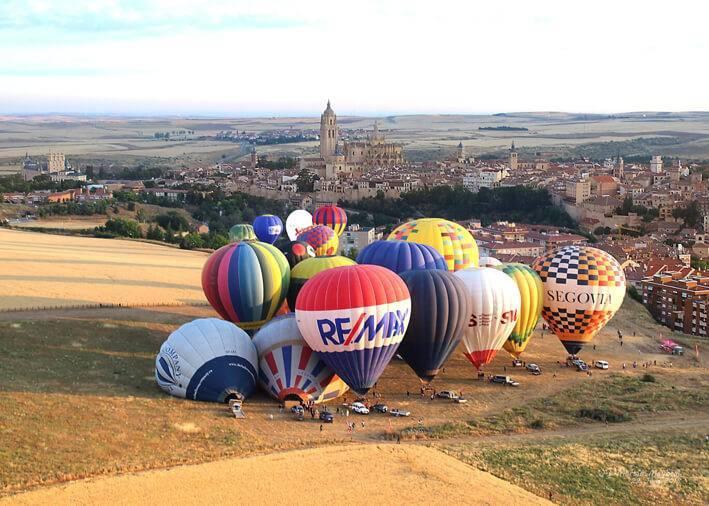 Despegue de los globos en Segovia